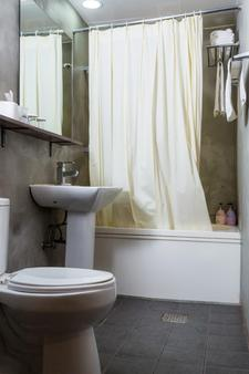 工廠飯店 - 首爾 - 浴室