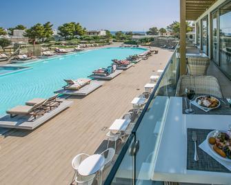 Almyra Hotel & Village - Koutsounára - Pool