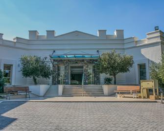 Almyra Hotel & Village - Koutsounára - Building