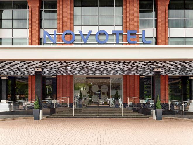 倫敦希思羅機場T1T2和T3諾富特酒店 - 倫敦 - 建築