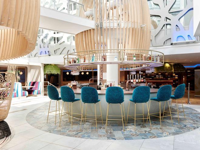 倫敦希思羅機場T1T2和T3諾富特酒店 - 倫敦 - 酒吧