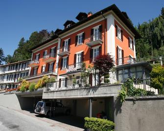 Hotel Villa Rosy - Premeno - Building