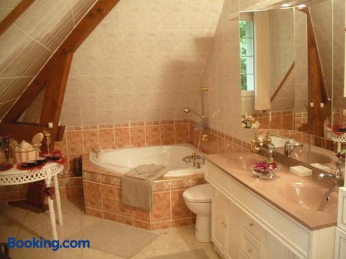Les Chambres du Lac - Forges-les-Eaux - Bathroom