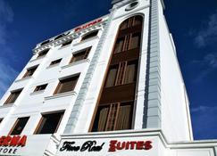 Ficoa Real Suites - Ambato - Edificio