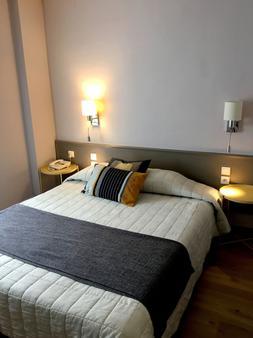 Hôtel Du Nord - Longwy - Bedroom