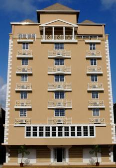 Hotel Andros - Colón - Building
