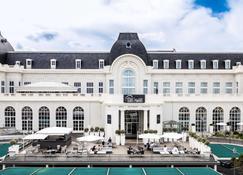 Cures Marines Trouville Hôtel Thalasso & Spa-MGallery by Sofitel - Trouville-sur-Mer - Edificio