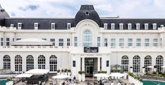 Cures Marines Trouville Hôtel Thalasso & Spa-MGallery by Sofitel - Trouville-sur-Mer - Edificio