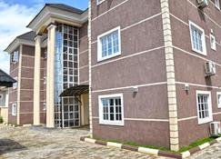 Western Dreams Hotel - Abuja - Bâtiment