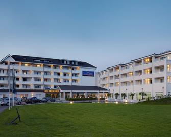 Nordica Hotel Friesenhof - Бюзум - Здание