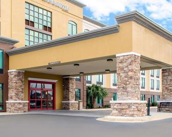 Comfort Inn & Suites Biloxi-D'iberville - Biloxi - Building