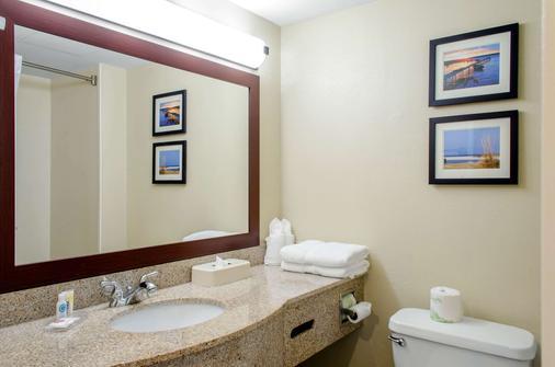 Comfort Inn and Suites Biloxi-DIberville - Biloxi - Μπάνιο