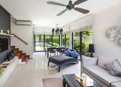 Laguna Park Townhouses - Phu Loc - Sala de estar