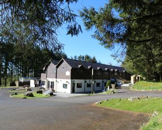 Colliford Lake Hotel & Holiday Site - Liskeard - Gebäude