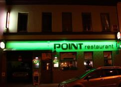 Point Pension-Restaurant - Brno - Building