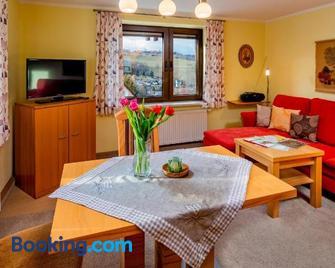 Ferienwohnungen Weißflog - Schwarzenberg - Sala de estar