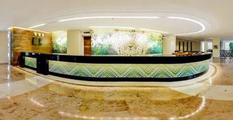 伊施卡瑞特渡假村西方酒店 - 式 - 里維耶拉瑪雅 - 普拉亞卡門 - 櫃檯