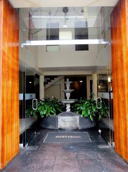 Hotel Korianka - Trujillo - Rakennus