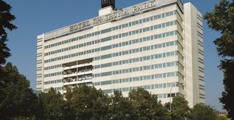 NH Pamplona Iruña Park - Pamplona - Edificio