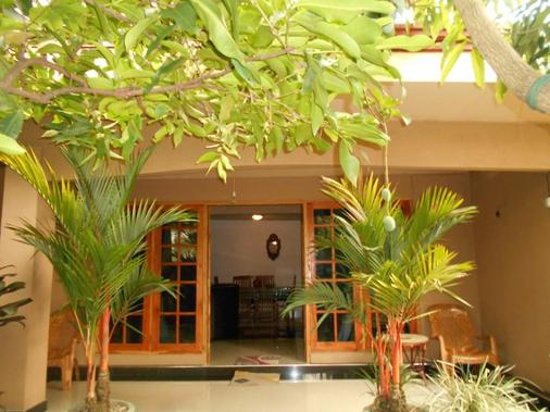 House Of Esanya - Negombo - Gebäude