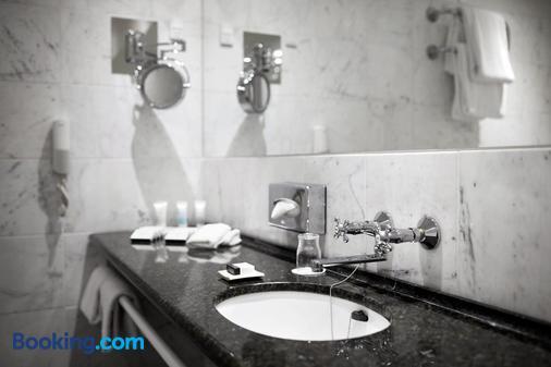 Phoenix Copenhagen - Copenhagen - Bathroom