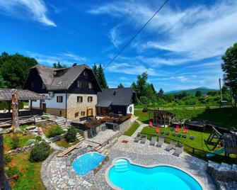 Plitvice Etno House - Plitvicka Jezera - Pool