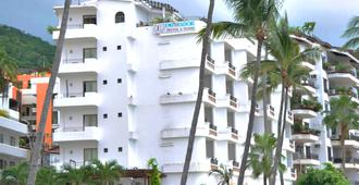 Emperador Vallarta Beachfront Hotel and Suites - Puerto Vallarta - Gebouw