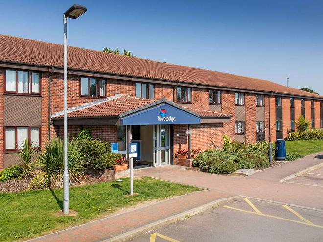 Travelodge Great Yarmouth Acle - Great Yarmouth - Building