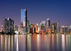 Holiday Inn Miami West - Airport Area - Miami - Widok na zewnątrz