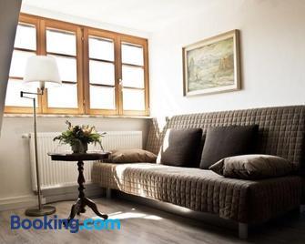 Ferienwohnung Kaim - Prichsenstadt - Living room