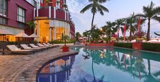 Aryaduta Makassar - Makassar - Pool