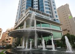 Costa Del Sol Hotel - Ḩawallī - Building