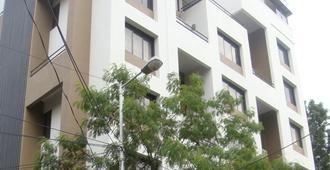 AR Suites Fontana Bay - Pune