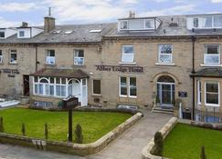 The Abbey Lodge Hotel - Shipley - Building