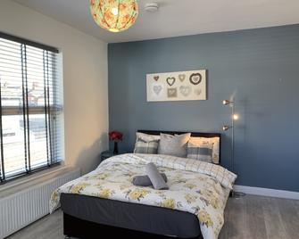 Buccleuch Apartment - Kettering - Bedroom
