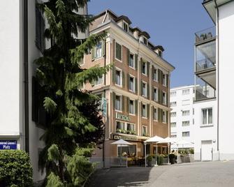 Hotel & Restaurant Linde - Einsiedeln - Gebouw