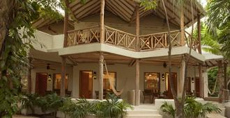 Mahekal Beach Front Resort & Spa - Playa del Carmen - Κτίριο