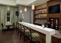 Best Western Premier Miami Intl Airport Hotel & Suites Coral Gables - Miami - Bar