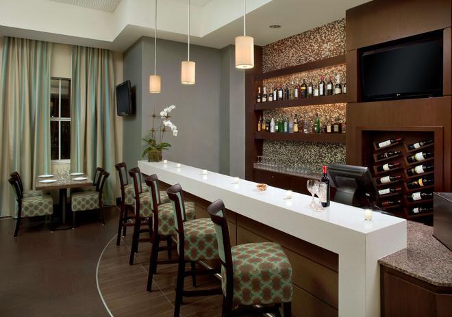 Best Western Premier Miami Intl Airport Hotel & Suites Coral Gables - Μαϊάμι - Bar