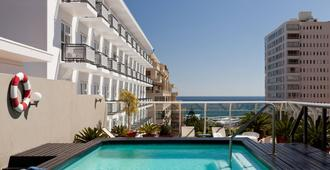 Protea Hotel by Marriott Cape Town Sea Point - Cape Town - Pool