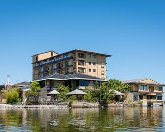 Sennentei - Yurihama - Building