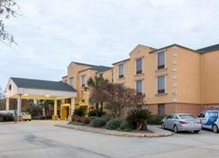 Comfort Suites Port Allen - Baton Rouge - Port Allen - Building