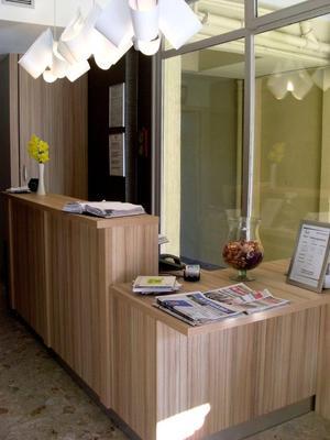 Logis Hôtel Restaurant Seyvet Bourg Les Valence Dès 44