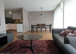 Montreux Boutique Apartment 3 Bedroom - Montreux - Living room