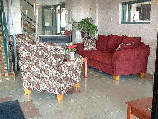 Lexington Inn & Suites Windsor - Windsor - Aula