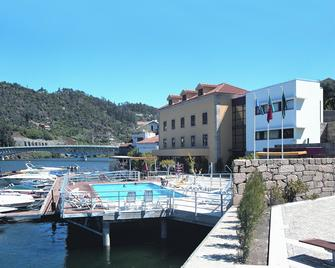 Hotel Porto Antigo - Cinfães - Building