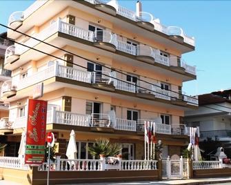 San Antonio Hotel - Paralia - Edificio