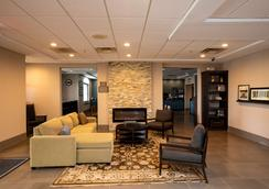 Country Inn & Suites by Radisson, Wilson, NC - Wilson - Lobby