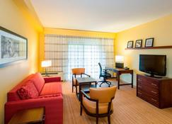 Courtyard by Marriott Wilmington Brandywine - Wilmington - Living room