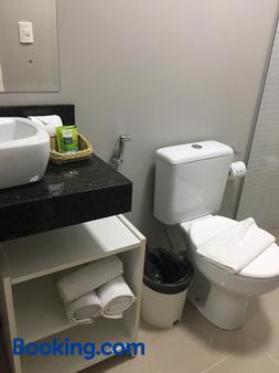 Pousada Villa Vecchia - Canela - Bathroom